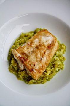 Filetto di pesce persico con porri al curry