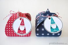 Free Christmas gift box templates so that you can make your Christmas gift wrapping beautiful! #craft