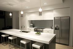 Kitchen ideas for small space kitchen beautiful kitchen kitchen design ideas for small space grey and Studio Kitchen, New Kitchen, Kitchen Dining, Kitchen Decor, Kitchen Layout, Kitchen Ideas, Kitchen Design Gallery, Modern Kitchen Design, Kitchen Designs
