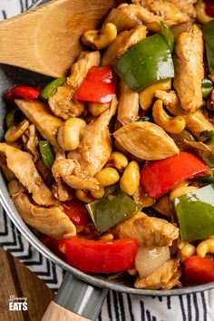 Low Syn Chinese Cashew Chicken - amazingly tender pieces of chicken in a delicious sauce with cashew nuts and vegetables. Dairy Free, Slimming World and Weight Watchers friendly. Nut Recipes, Low Carb Recipes, Chicken Recipes, Cooking Recipes, Chicken And Cashew Nuts, Sauce For Chicken, Slimming Eats, Slimming World Recipes, Vegetable Frittata