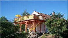 terasz, teraszok építése Acacia, Gazebo, Porch, Outdoor Structures, House Styles, Home Decor, Gardens, Terrace, Rustic Fence
