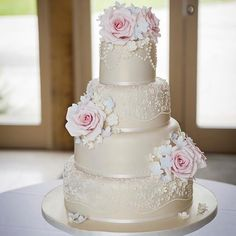 Vintage rose, lace and pearls wedding cake - Cake by Samantha Tempest
