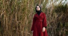 Moroccan Party-Wear and Bridal Kaftan Abayas – Girls Hijab Style & Hijab Fashion Ideas Cardigan Fashion, Kimono Cardigan, Abaya Fashion, Dope Fashion, Fashion Looks, Hijab Style, Abaya Style, Turban Style, Hijab Chic