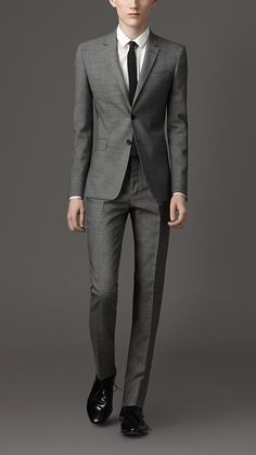Burberry - SLIM FIT WOOL AND MOHAIR BLEND SUIT