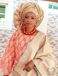 Love her style.  #Africa #Clothing #Fashion #Ethnic #African #Traditional #Beautiful #Style #Beads #Gele #Kente #Ankara #Africanfashion #Nigerianfashion #Ghanaianfashion #Kenyanfashion #Burundifashion #senegalesefashion #Swahilifashion DK