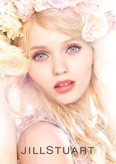 Renowned model Abbey Lee Kershaw is the face of the Jill Stuart Beauty Fall/Winter 2013 Campaign. Gabriel Chanel, Abbey Lee Kershaw, Fashion Magazine Cover, Magazine Covers, Model Look, Beauty Shots, Portrait Inspiration, Belle Photo, Beauty