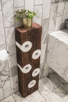 p/rustic-toilet-roll-holder-bathroom-decor-toilet-paper-etsy-bai - The world's most private search engine Diy Bathroom Decor, Bathroom Interior Design, Diy Home Decor, Bathroom Organization, Wood Bathroom, Bathroom Storage, Bathroom Ideas, Budget Bathroom, Earthy Bathroom
