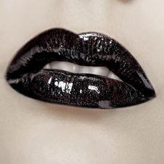 black shiny #sparkle lips