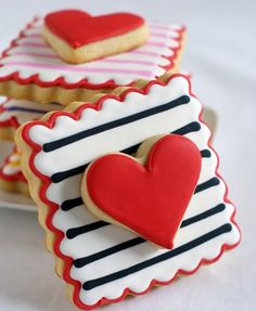 Double-Decker Striped Cookies for #ValentinesDay