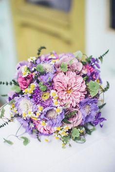 Bridal bouquet 2015 Collection Savia Bruta #ramodenovia #bridalbouquet #bridalbouquet #floraldesign #diseñofloral #weddingfloraldesign #ramodenoviaoriginal #ramodenoviasilvestre #bride #novia #wedding #originalbridalbouquet