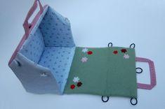 Cute dollhouse purse. Blog has tutorial on how to make it. Think barn for boys.