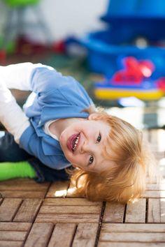 Neugeborenenfotos und Familienfotografie www.braddell.de Children Photography, Outdoor, Photography Kids, Newborn Photos, Wedding Photography, Outdoors, Kid Photography, Kid Photo Shoots, Outdoor Games