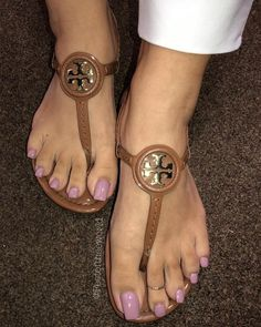 Image may contain: shoes Nice Toes, Pretty Toes, Beautiful High Heels, Beautiful Toes, Purple Toes, Toe Ring Designs, Long Toenails, Cute Toe Nails, Sexy Sandals