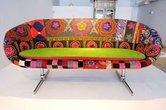 vintage kitsch cool couch!