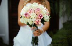 Rose bouquet with jewels // PC Benadé Photography
