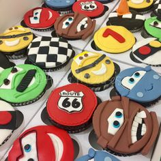 11 Best Gorgeous Childrens Character Cupcakes and Cakes images ... 96c46616e