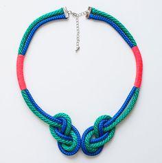Geknotete geflochtene Seilkette mit pinkem Detail Seil Statement blau grün neon Kette pink