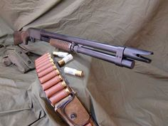 Ithaca 37 used by the Navy SEALs in the Vietnam War. The muzzle has been adapted to spread the shot in a horizontal pattern. Home Defense, Self Defense, Ithaca 37, Bushcraft, Tactical Shotgun, Battle Rifle, Cool Guns, Le Far West, Firearms