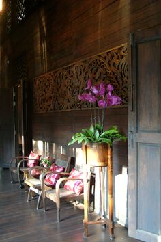 Come into RarinJinda Wellness Spa Resort Chiang Mai, Thailand and experience entering a different world. Housed in a 140 years old antique Thai teak wood home in the Wat Ket Community. #thaihouse #thailand #chiangmai #rarinjinda