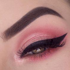 Makeup Geek Eyeshadows in Sorbet, Mango Tango, Poppy and Razzleberry + Makeup Geek Foiled Eyeshadow in Whimsical + KathleenLights x Makeup Geek Highlighter Palette in Starlight. Look by: theclassicalmua