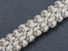 How to make a Symbiont Bar Paracord Bracelet