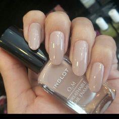 Inglot nail polish 677