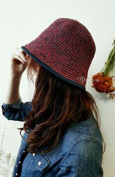 Scrap Yarn Crochet, Crochet Scarves, Crochet Clothes, Crochet Eyes, Love Crochet, Diy Crochet, Crochet Beanie Hat, Knitted Hats, Sombrero A Crochet