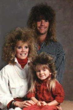 Future family photos of Cameron Joe Dirt, Mrs. Joe-Dirt and Baby Joe Dirt! Fonky Family, Family Humor, Happy Family, Family Album, Photoshop Fails, Joe Dirt, Awkward Photos, 80s Hair, 90s Hairstyles