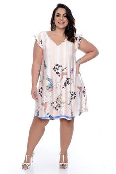 Vestido Plus Size Layle Curvy Women Fashion, 50 Fashion, Cute Fashion, Plus Size Fashion, Fashion Outfits, Vestidos Plus Size, Plus Size Dresses, Plus Size Outfits, Lace Skirt And Blouse