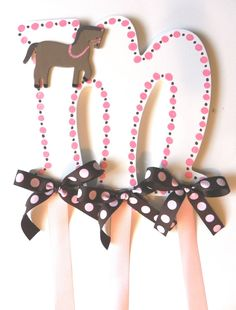 Horse Hair Bow Holder  Hand Painted by SassyPeasDesigns on Etsy, $18.00