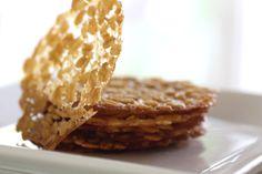 Irish oatmeal lace cookies #recipe #stpatricksday