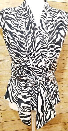 b0f04d4e940 Anne Klein Short Sleeve Blouse Animal Print V-Neck Top Size 6 Small Black  White