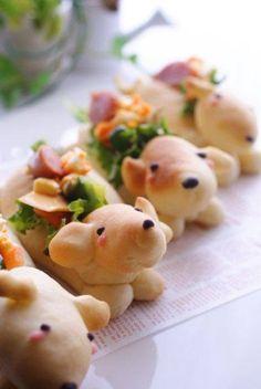 Sándwiches decorados e innovadores!! .... En pan con forma de perrito!!