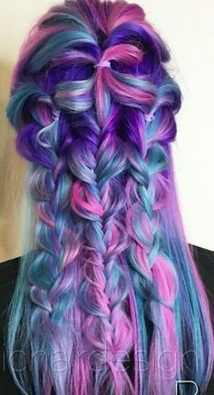 Love the colours in the hair.