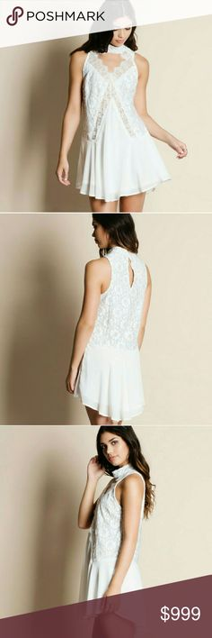 ❣Just In! White Lace Mock Neck Dress White lace mock neck dress.  Fully lined True to size roryry Dresses Mini