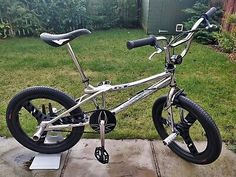 Black 3 Spoke GT ACS STEALTH Mag wheels ( USA Made ). Bike isfully working with front and rear brakes. What you see on the pictures is what you get although the bike stand is. Bmx Pedals, Gt Bmx, Bmx Bikes, Rear Brakes, Trx, Old School, Cycling, Chrome, Bicycle