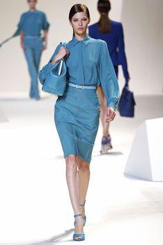 Yulia Kharlapanova walking Elie Saab Spring 2013 RTW #runway #fashion