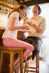 Como inicia una conversación con una mujer?
