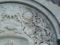 masonic carvings in new orleans cemetery