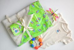 Turtle organic cotton newborn baby set, hooded towel, baby bath set by JollyBundles on Etsy