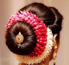 Bride & Groom Wardrobe Stylist Bridal Ornaments Stylist Fitness Nutrition Skincare Makeup & Hairstylist &many Bridal Hairstyle Indian Wedding, Bridal Hair Buns, Bridal Hairdo, Wedding Braids, Indian Bridal Hairstyles, Indian Wedding Hairstyles, Saree Hairstyles, Bride Hairstyles, Simple Hairstyles