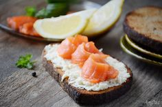 delectabledelight: Smoked salmon toast (by Arx0nt.)