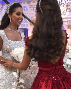 Sparkly wedding dress - Breathtaking wedding and maid of honor dress – Sparkly wedding dress Flowery Wedding Dress, Wedding Day Dresses, Luxury Wedding Dress, Maid Of Honour Dresses, Maid Of Honor, Indian Hairstyles, Wedding Hairstyles, Cinderella Dresses, Wedding Videos