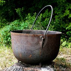 Removing rust from cast iron