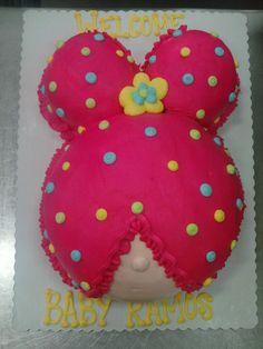 Baby Shower Cake #babyshower #babyshowerfood #babyshowersnacks #babyshowerdecor #babyshowerdecorations #babyshowerfun #baby #girl #boy #babygirl #babyboy #pregnant #pregnancy #maternity #food #itsaboy #itsagirl