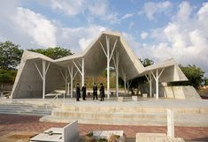Open-Sided Shelter by Ron Shenkin Studio