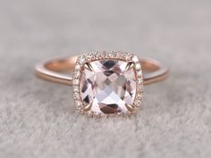 8x8mm Morganit Engagement ring Rose gold, Diamond Halo, Plain gold Eheringe, 14k, Kissen Cut, Edelstein Promise Bridal Ring Claw Zinken