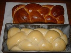 Sliced cakes for Easter ham Hungarian Sausage Recipe, Hungarian Recipes, Pastry Recipes, Cookie Recipes, Jewish Apple Cakes, Best Banana Bread, Sweets Cake, Bread And Pastries, Baking And Pastry