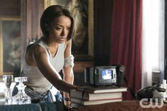 """The Vampire Diaries -- """"Let Her Go"""" -- Image Number: -- Pictured: Kat Graham as Bonnie -- Photo: Tina Rowden/The CW -- © 2015 The CW Network, LLC. All rights reserved. Vampire Diaries Spoilers, Vampire Diaries Season 2, Serie The Vampire Diaries, Vampire Diaries The Originals, Stefan Salvatore, Nikki Reed Wedding, Let Her Go, Let It Be, Bonnie Bennett"""