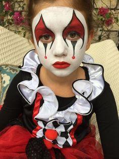 Clown makeup Face art and body art Sifarish ucun 0556442887 Kids Face Painting Easy, Face Painting Designs, Body Painting, Halloween Fashion, Halloween Makeup, Girl Clown Makeup, Hair Style Vedio, Clown Face Paint, Female Clown